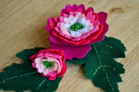 18.ATSD.felt flowers